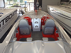 30 With a Single 700sci Merc at Fastboats-p5060212.jpg