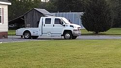 Chevy kodiak 4500 stolen-att_1432924552712_img_20150528_065422813.jpg