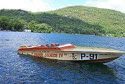 """Jesse James"" Legendary 28' Sinks in Lake George, NY-cig-28-lake.jpg"