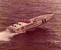 Cigarette 35 Raceboats-spirit0020-small-.jpg
