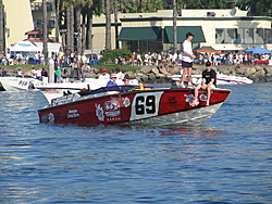 Cigarette 35 Raceboats-1780catalina_ski_race_2006_058.jpg