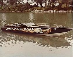 Cigarette 35 Raceboats-bbb1.jpg