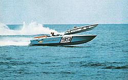 Cigarette 35 Raceboats-amereagledry73.jpg