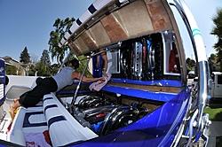 Formula 382 W/Ilmor 725's-hatch.jpg