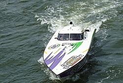 Floating Reporter-10/10/04-Deerfield Beach Race-nationals-oct10-086.jpg