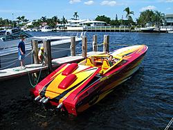 Floating Reporter-10/24/04-img_4856.jpg