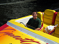 Floating Reporter-10/24/04-img_4860.jpg
