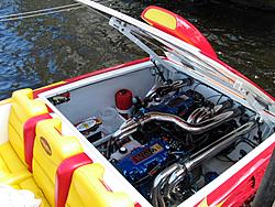 Floating Reporter-10/24/04-img_4858.jpg