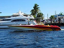 Floating Reporter-10/24/04-img_4847.jpg