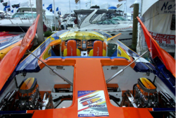 Some boat show pics for you guys that didnt get to go.....-web-dcp_1734.png