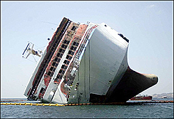 I need a tow,aground again-boat-agroung.jpg