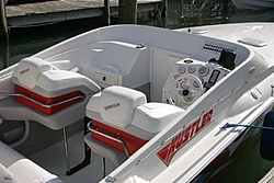 Best 23-26 Foot Single Bb Offshore-hustler-cockpit.jpg