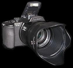 Digital Cameras-panasonic_dmc-fz20_with_lens_hood.jpg
