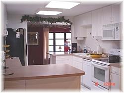 Moving to Florida tomarrow-1006-38th-st-kitchen.jpg