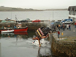 So... after having lunch at the pub, the rest of the day continued at the boatyard...-4.jpg