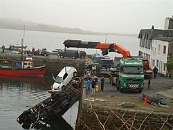 So... after having lunch at the pub, the rest of the day continued at the boatyard...-6.jpg