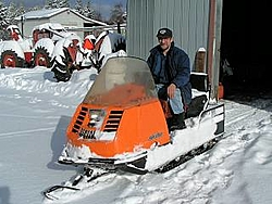 the active thunder of snowmobiles-old-ski-doo.jpg