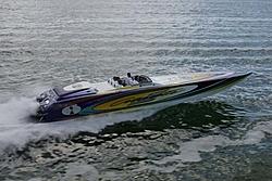 42 cigarette race boat-iw4i0332small.sized.jpg