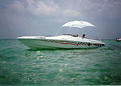 need some info on a 22' scarab..-scarabwater.jpg