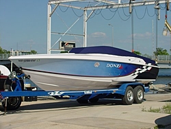 Help with a 27 to 29 boat-ontrailer.jpg