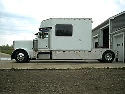 Towing Laws-pete-trailer-002.jpg