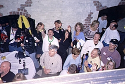 2005 OSO Party ROCKED!!!!!!!-crowd.jpg