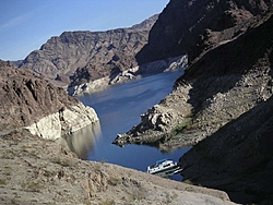 Houseboating on Lake Mead with Toys-houseboat1.jpg
