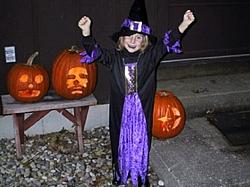 OT:halloween pics of the little ones dressed up-sarah-halloween.jpg