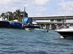 Floating Reporter-2/19/05-Sunday's on the Bay-img_0640.jpg