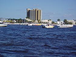 fort myers boating-fmbeach.jpg