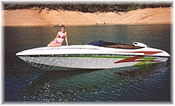 Best Single-Engine Boat 30-feet and Under-chris-boat-best-smalr.jpg