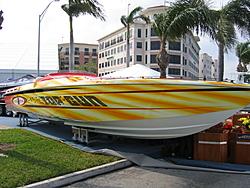 Cigs at the Palm Beach Boat Show-3-16-006.jpg