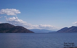 pictures that need no caption-okanagan_lake.jpg