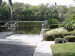 Memorial Day 2005 on the St. Johns River, Fl.-hontoonramp.jpg