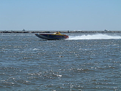 pics of popeyes chicken boat in Biloxi?-rx70019.jpg
