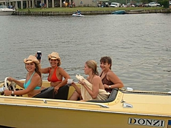 Who runs a 20' or smaller boat?-s-donzi%5B1%5D.jpg