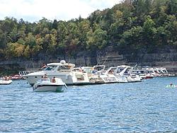 How many Tablerock boaters-bluff8.jpg