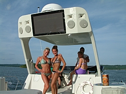 How many Tablerock boaters-arch.jpg