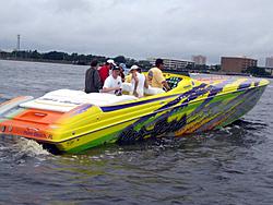 Floating Reporter-6/12/05-Jacksonville Poker Run-img_1657.jpg