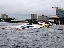 Floating Reporter-6/12/05-Jacksonville Poker Run-img_1658.jpg