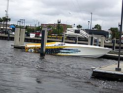 Floating Reporter-6/12/05-Jacksonville Poker Run-img_1661.jpg