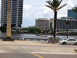 Floating Reporter-6/12/05-Jacksonville Poker Run-img_1670.jpg