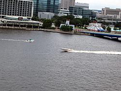 Floating Reporter-6/12/05-Jacksonville Poker Run-img_1667.jpg