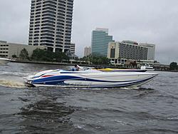 Floating Reporter-6/12/05-Jacksonville Poker Run-img_1659.jpg