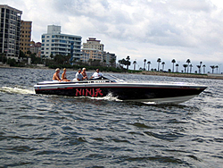 Floating Reporter-7/4/05-Sarasota Poker Run & Race-img_1766.jpg