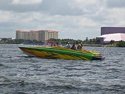 Floating Reporter-7/4/05-Sarasota Poker Run & Race-img_1768.jpg