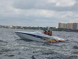 Floating Reporter-7/4/05-Sarasota Poker Run & Race-img_1769.jpg