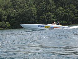 Floating Reporter-7/4/05-Sarasota Poker Run & Race-img_1776.jpg