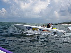 Floating Reporter-7/4/05-Sarasota Poker Run & Race-img_1781.jpg