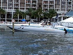 Floating Reporter-7/4/05-Sarasota Poker Run & Race-img_1814.jpg